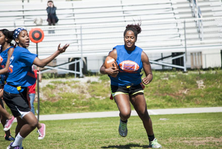 Juniors snatch-up a second straight victory in powderpuff