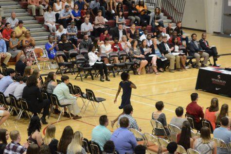 Graduating Seniors to Receive Honor Chords