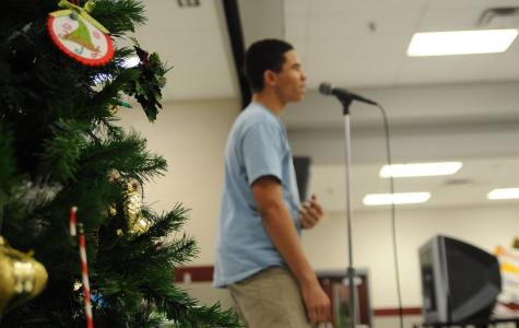 Chemistry club mixes Christmas and entertainment for great reaction