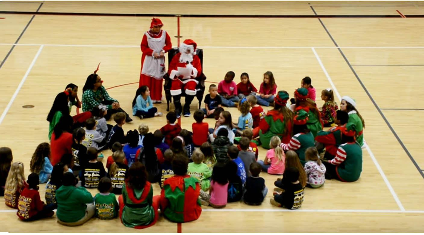 Cheers For Elementary Classrooms : The crimson crier holiday cheer spread by students