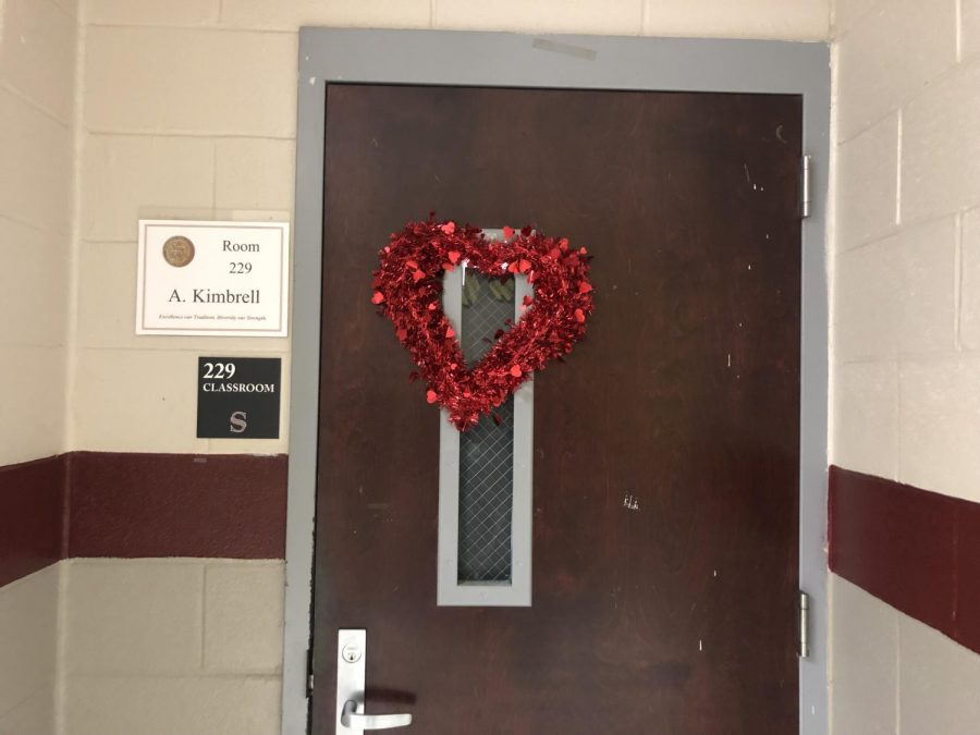 Students+are+gearing+up+for+Valentine%27s+Day.+