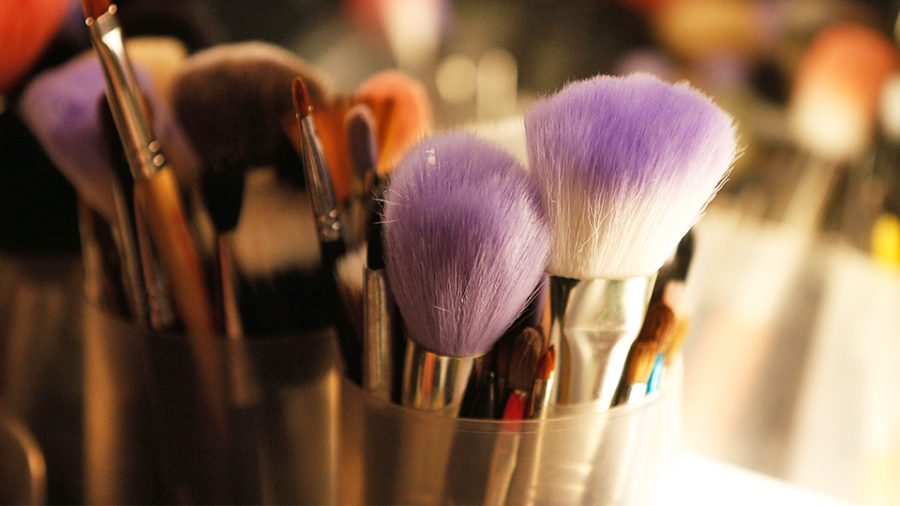 Student Reveals Make-Up Secret