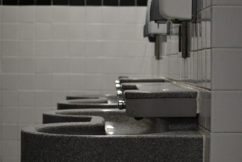 Unspoken Rules Of Using The School Bathroom
